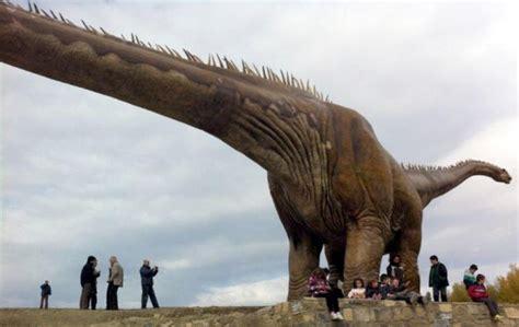 Información sobre los dinosaurios: 4 Datos Sorprendentes ...
