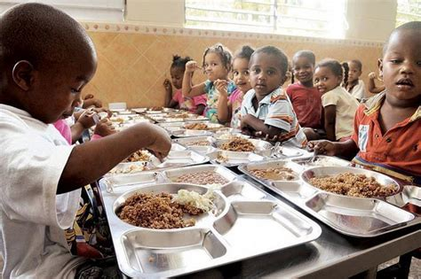 INFORME - FAO advierte de problemas con alimentos en ...