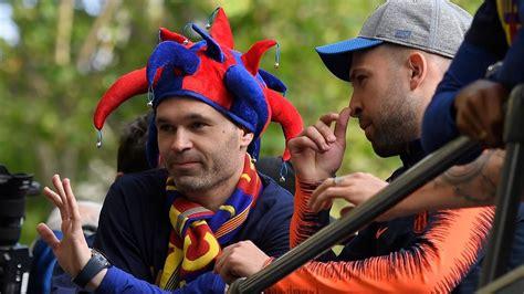 Iniesta se convertirá en el cuarto futbolista mejor pagado ...
