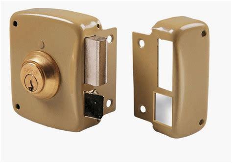 Instalación de cerraduras de sobreponer Lince - CERRAJEROS ...
