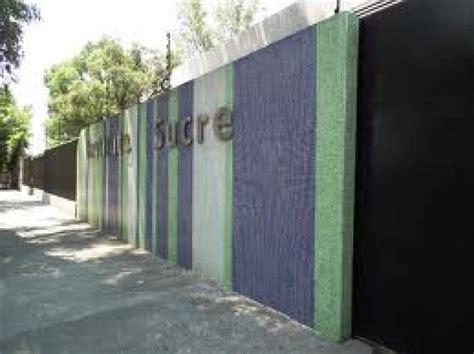 Instituto Sucre Discrimina y Miente por costumbre, Ciudad ...
