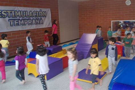 Instituto Sucre S.C., Preescolar, Primaria y Secundaria