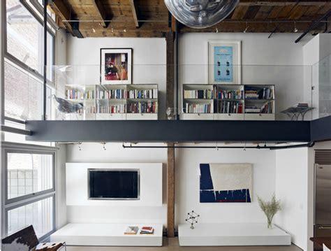 Interiores modernos: Oriental Warehouse Loft | Lofts modernos