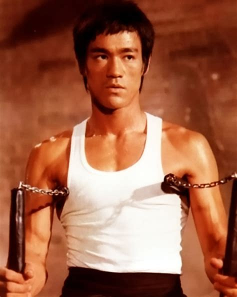 INTO THE NEXT STAGE: Ouch! Bruce Lee Inspires Police to ...
