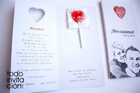Invitación de boda con piruleta  Corazón Dulce ...