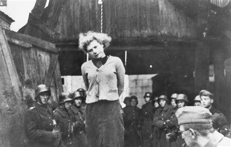 irma grese   Google Search   As mulheres criminosas Nazis ...