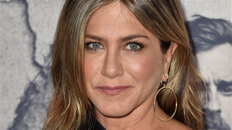 Is Jennifer Aniston At The 2018 Oscars? People Want To Know