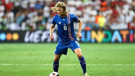 Islandia: el equipo cuyo técnico es dentista y los ...