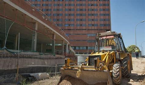 Isolux ejecuta 10 obras públicas sin clasificación de ...
