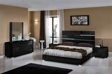 Italian Modern Bedroom Furniture Sets | Raya Furniture