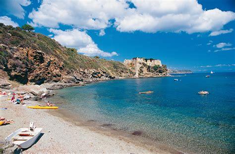 Itinerario sull'isola d'Elba tra mare, storia e cultura