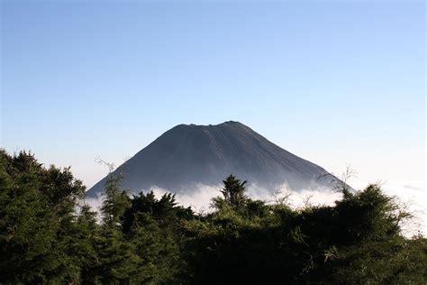 Izalco (volcano) - Wikipedia