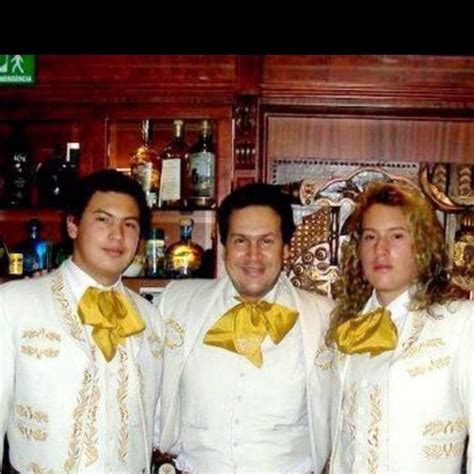 Jairo y mariachi  @jairo_del_valle  | Twitter
