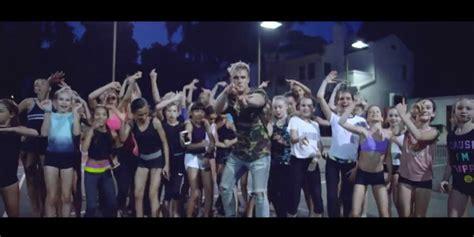 Jake Paul's New Music Video Praises, Celebrates 10 Million ...