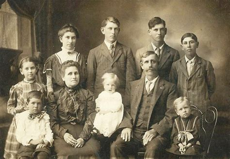 James D. Rowlison Family Connections: Some old photos...