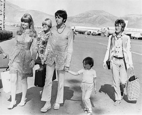 Jane Asher, Paul McCartney, Julian y John Lennon | THE ...
