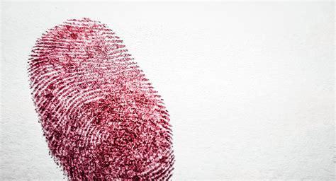 Japón presenta dispositivo para tomar huellas dactilares a ...