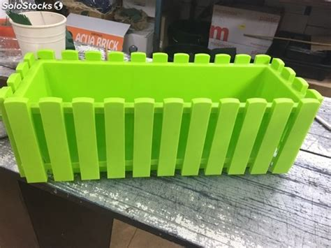 Jardinera verde plástico