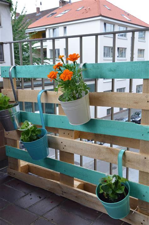 Jardines verticales con palets :: Pinturas Lepanto ...