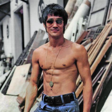 Jeet Kune Do Homage T-shirt - Heather Black - Bruce Lee ...