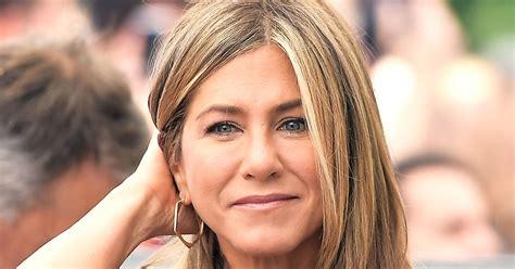 Jennifer Aniston donates $1 mn to charity | Bilkul Online