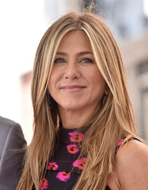 Jennifer Aniston Got Bangs for  Dumplin   Role | Allure