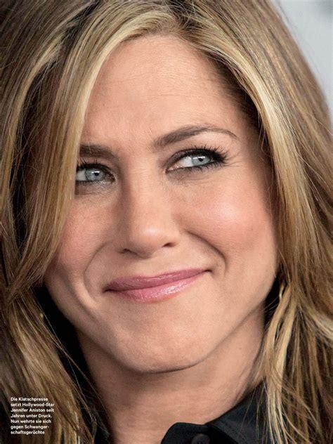 Jennifer Aniston Latest Photos   CelebMafia