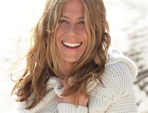 Jennifer Aniston on Goop on eating healthy, drinking lots ...