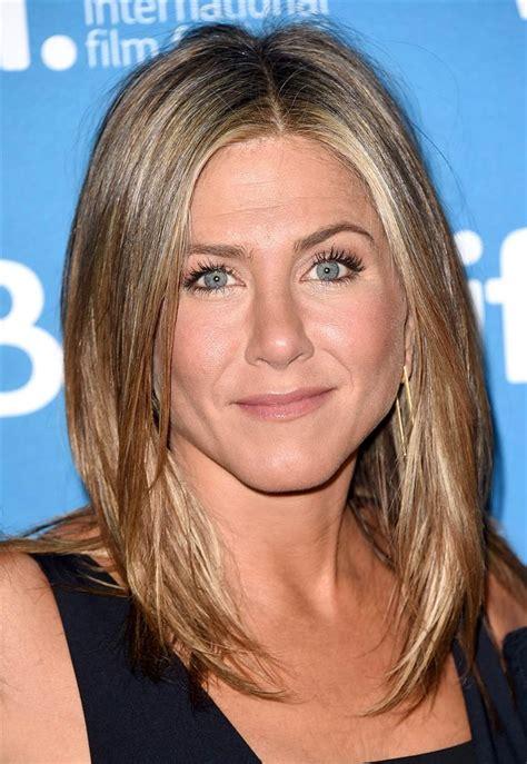 Jennifer Aniston s hairstyles & hair evolution   TODAY.com