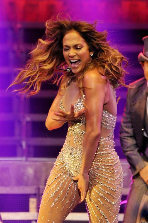Jennifer Lopez ahora enseña la otra bubi  VIDEO