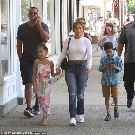 Jennifer Lopez and Alex Rodriguez hit the gym together ...