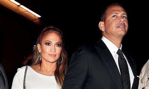 Jennifer Lopez | hola.com