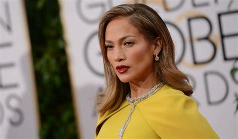 Jennifer Lopez, imagine de colectie impreuna cu mama sa ...