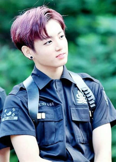 Jeon Jungkook Height, Weight, Age, Body Statistics ...