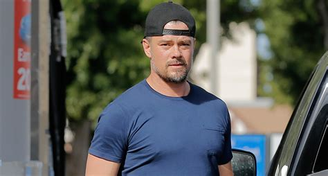 Josh Duhamel Flies with the U.S. Air Force Thunderbirds ...