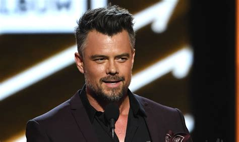 Josh Duhamel Is a Handsome Presenter at Billboard Music ...