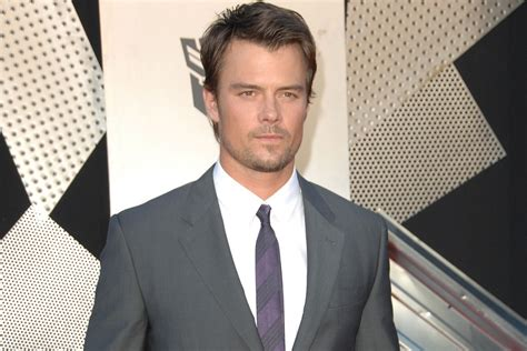 Josh Duhamel on Playing Bill 'Spaceman' Lee and Keeping Up ...