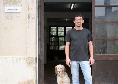 Juan Carlos Iñesta, el último artesano del barrio de ...