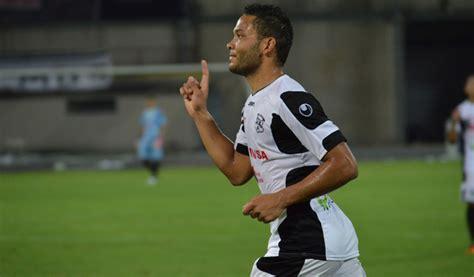 Juan Falcón firmó contrato con el Metz - RunRun.es