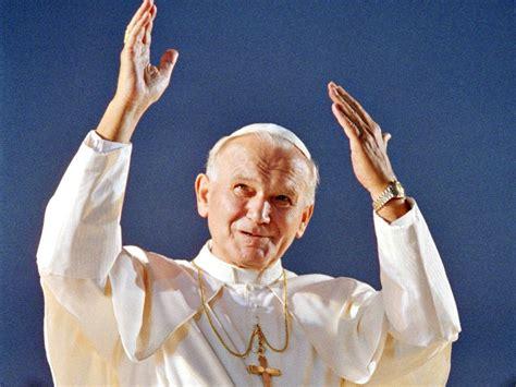 Juan Pablo II inolvidable: San Juan Pablo II y el Año Nuevo
