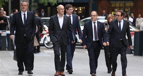Juíza determina prisão de políticos independentistas da ...