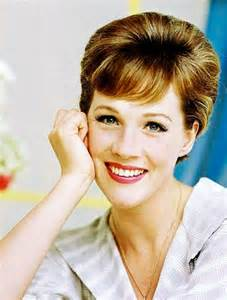 Julie Andrews. Biografía. Famous people in English ...