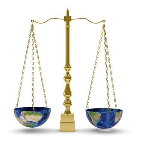 Justicia Distributiva   Definición, Concepto y Qué es