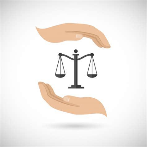 Justicia, dos manos y una balanza | Descargar Vectores gratis