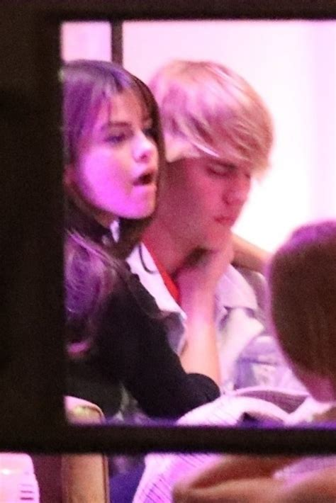 Justin Bieber e Selena Gomez passam o Valentine's Day ...