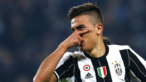 Juventus forward Dybala plays down Messi comparisons amid ...