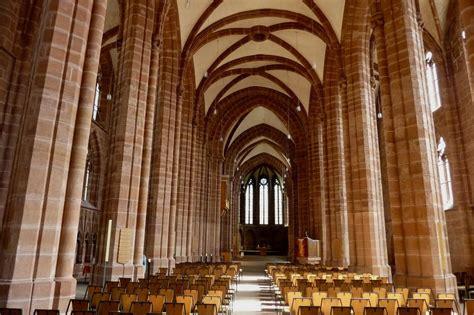 Kaiserslautern, Innenraum der Stiftskirche, Baubeginn um ...