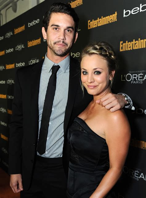 kaley cuoco married johnny galecki