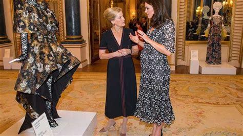 Kate Middleton y Sofía de Wessex apuestan por largo midi y ...