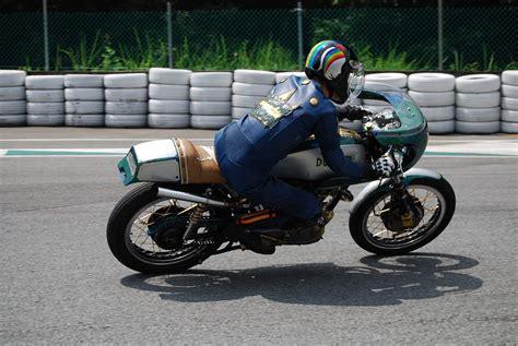 Kawasaki Club • Ver Tema   Las CAFE RACER